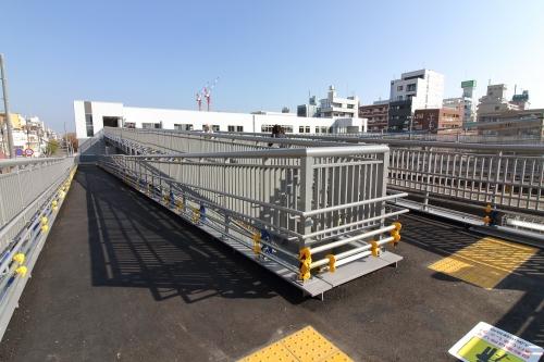 JR東淀川駅橋上駅舎スロープ 2018.11.11