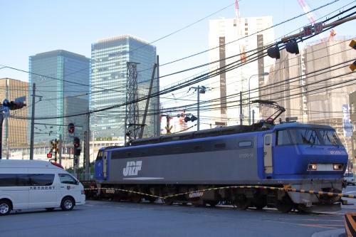 EF200-19代走 1883レ 西梅田一番踏切