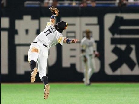 20181016高田知季選手のファインプレーの画像