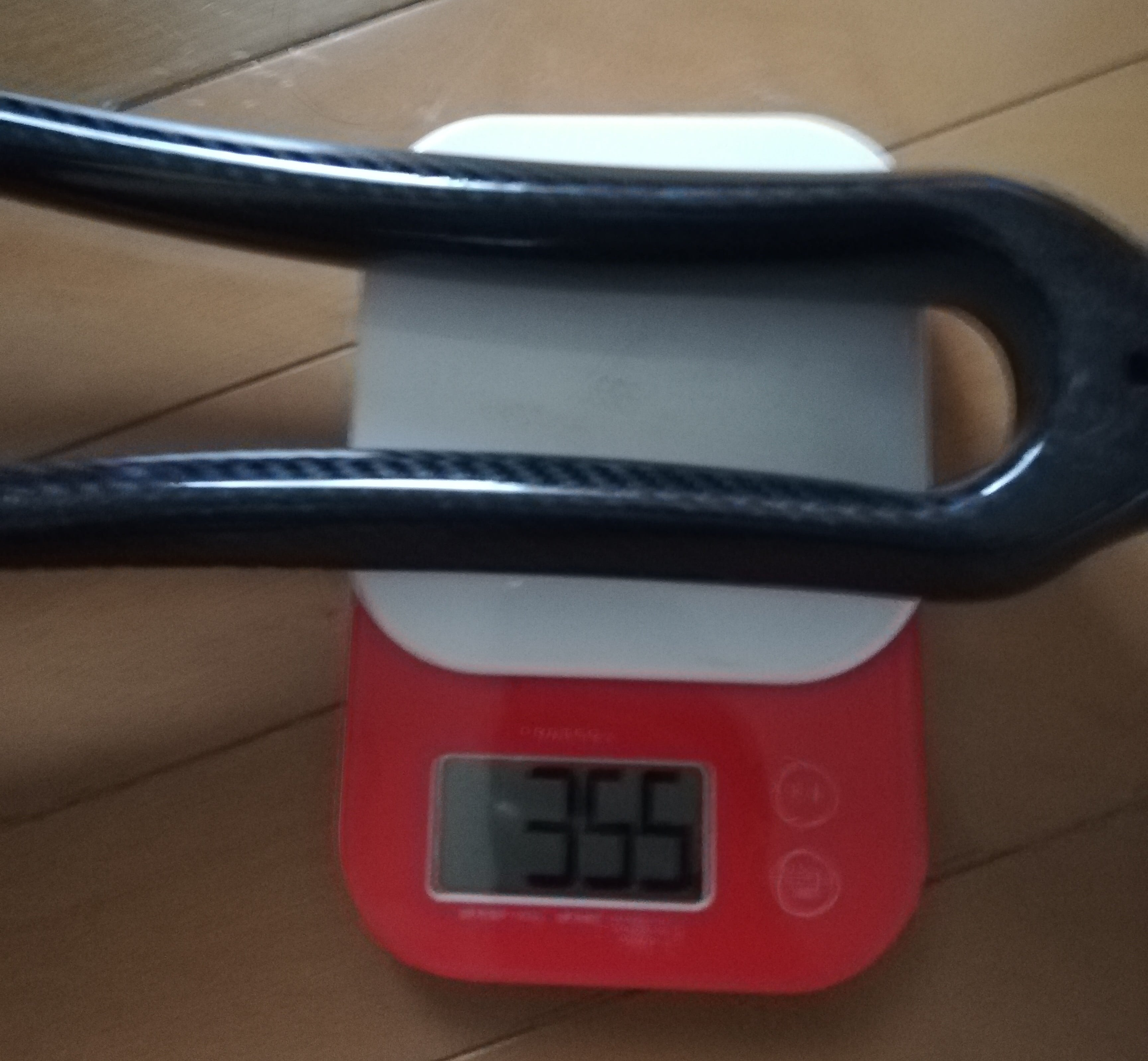 カーボンフォーク重量
