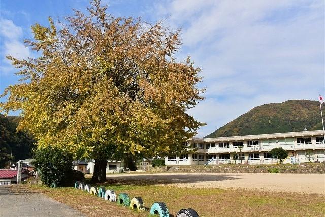 布野小学校1