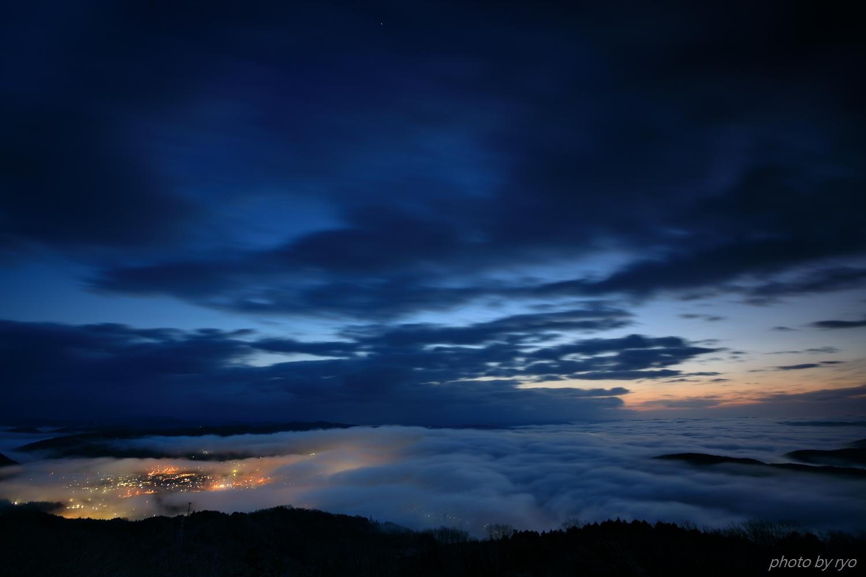 霧の低い朝_2