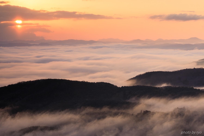 霧の低い朝_3