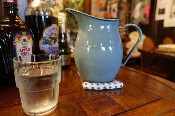 茶房ともしびPLUS