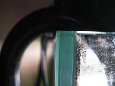 シリコンの気泡(上側)