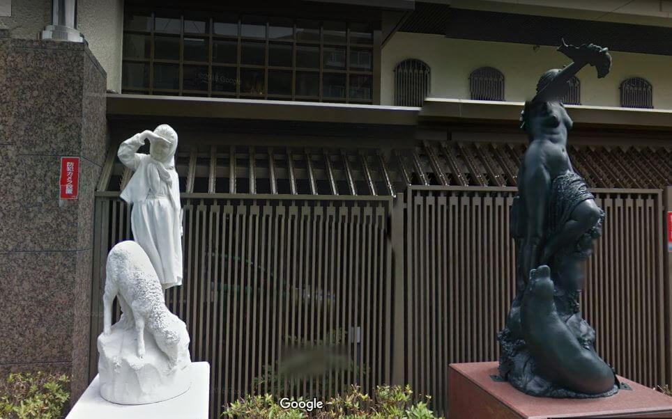 神戸市東灘区の個性的な豪邸外観6
