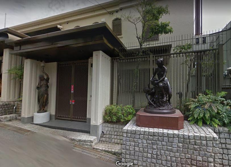 神戸市東灘区の個性的な豪邸外観7