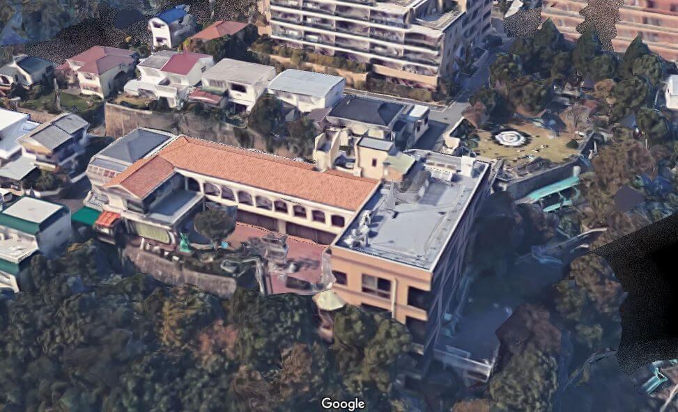 神戸市東灘区の個性的な豪邸空撮