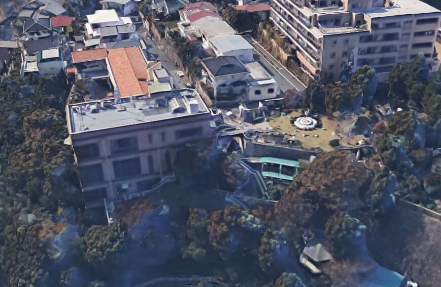 神戸市東灘区の個性的な豪邸空撮1