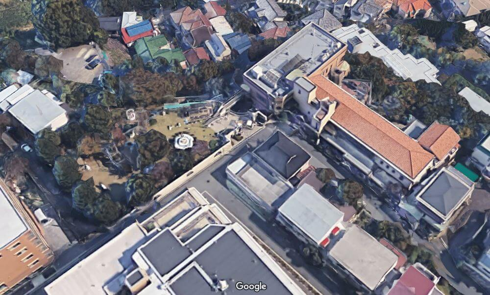 神戸市東灘区の個性的な豪邸空撮2