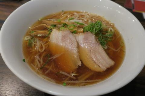 珉珉・京橋店(醤油湯麺)