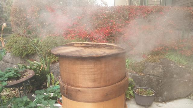 湯気と蒸篭と紅葉と