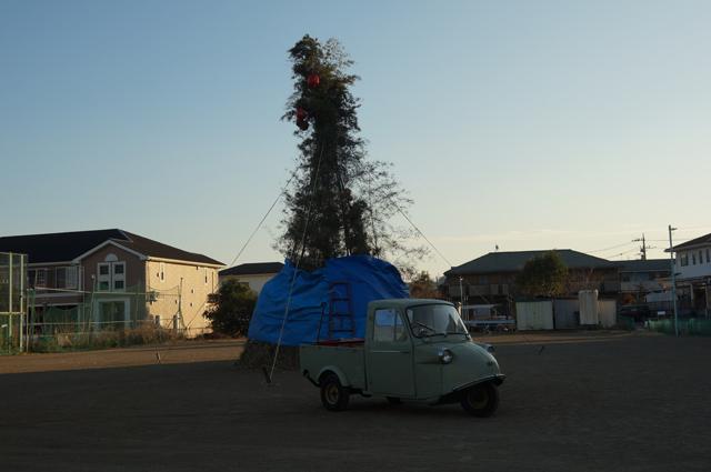 ドント焼の櫓とミゼット