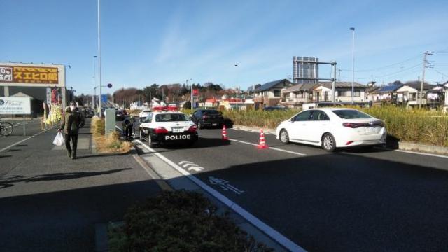 角上渋滞 昼 警察介入 路上待機をほぼシャットアウト