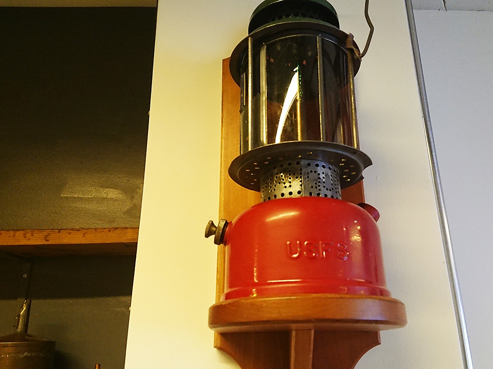 1812_firekingcafe_09.jpg