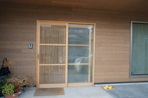 セルフ 玄関1