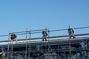 屋根葺き工事1