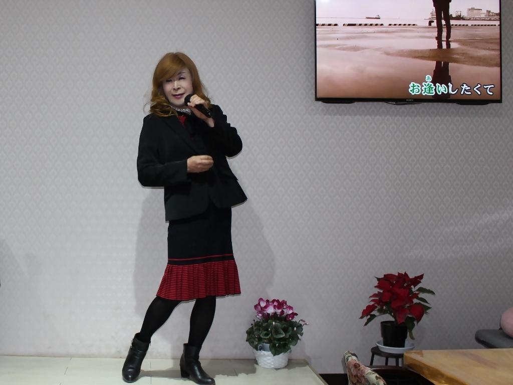 赤黒ニットワンピカラオケ(2)