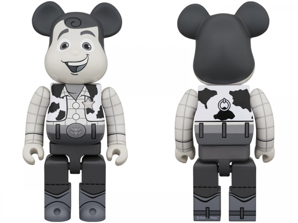 WOODY-BE@RBRICK-BLACK-WHITE-Ver-400.jpg