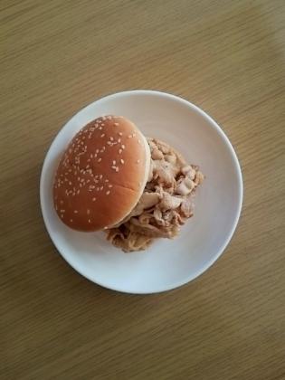 薄豚バラ焼き肉バーガー1