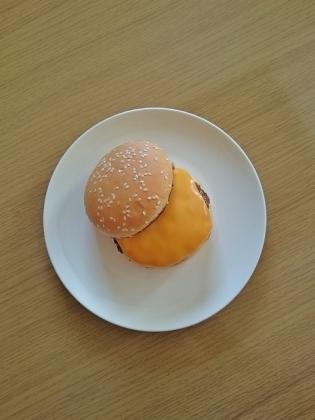 チーズバーガー1