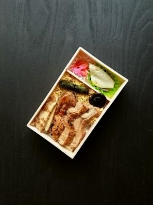 復刻版鶏舞弁当1