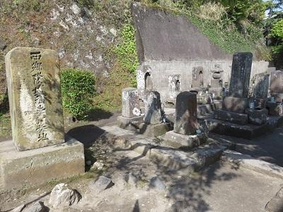 IMG_9662 西郷家の墓