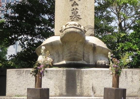 IMG_4217 大久保利通の墓2