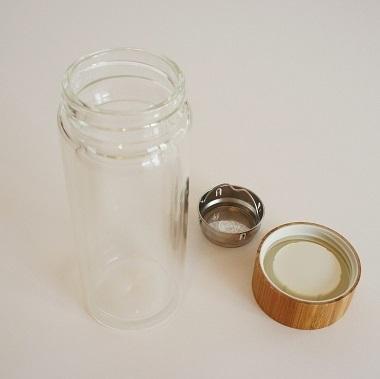 ガラスの水筒3