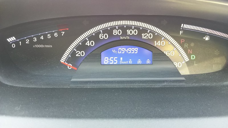 フリードスパイク94999km