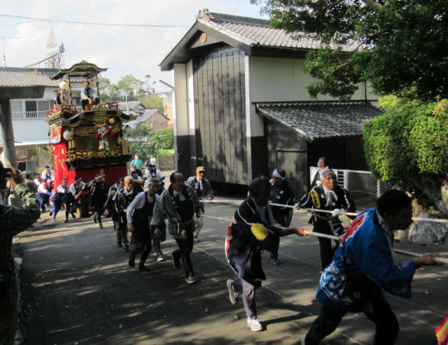 花井町の山車2