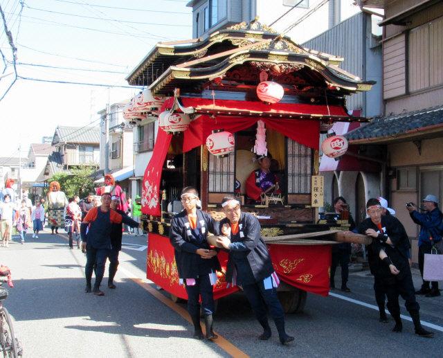中嶋町の山車1