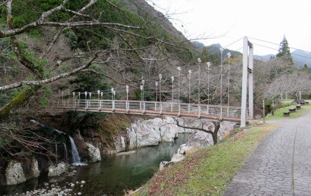 猿飛千壺峡の吊橋4