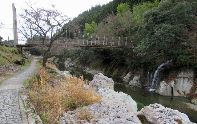 猿飛千壺峡の吊橋3