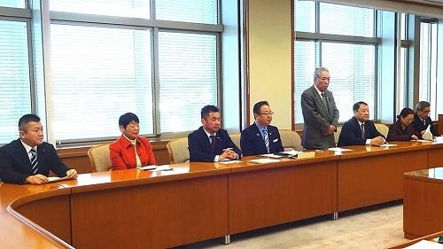 栃木県議会<民主市民クラブ>2019年度 政策推進・予算化要望 知事に申入れ!02