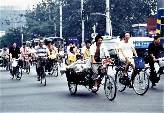 ⑥自転車の列