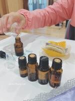 オーガニック香水作りワーク