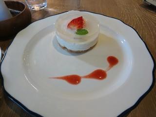 sgoodbuyのいちごのレアチーズケーキ