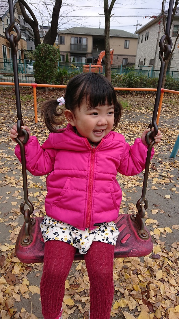 公園でブランコ♪3.JPG