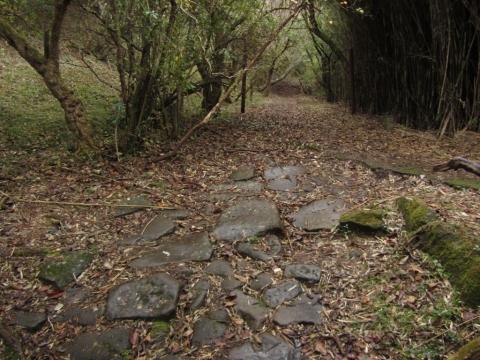 石割坂(石原坂・石荒坂)