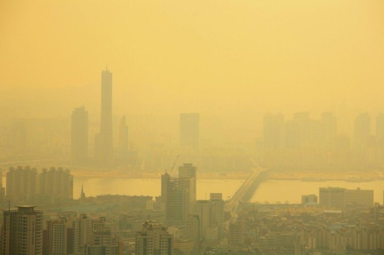 ソウルの大気汚染風景