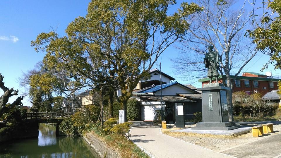 柳川城下田中吉政銅像