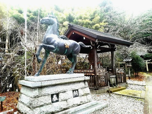shinmeigu-kaga-006.jpg