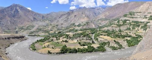 20180730_140257-140259_100x18mm_AfghanistanVillage_PamirHighway.jpg