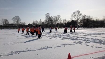 雪中ラグビー試合の様子②