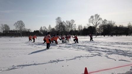 雪中ラグビー試合の様子①