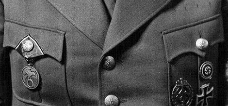 BLUTORDEN_Medal_Ribbon_佩用例