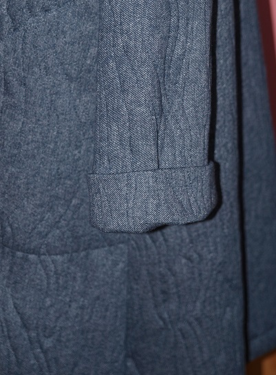 P1090010 袖折り返し
