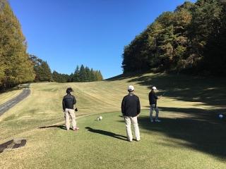 新新委員ゴルフ_04