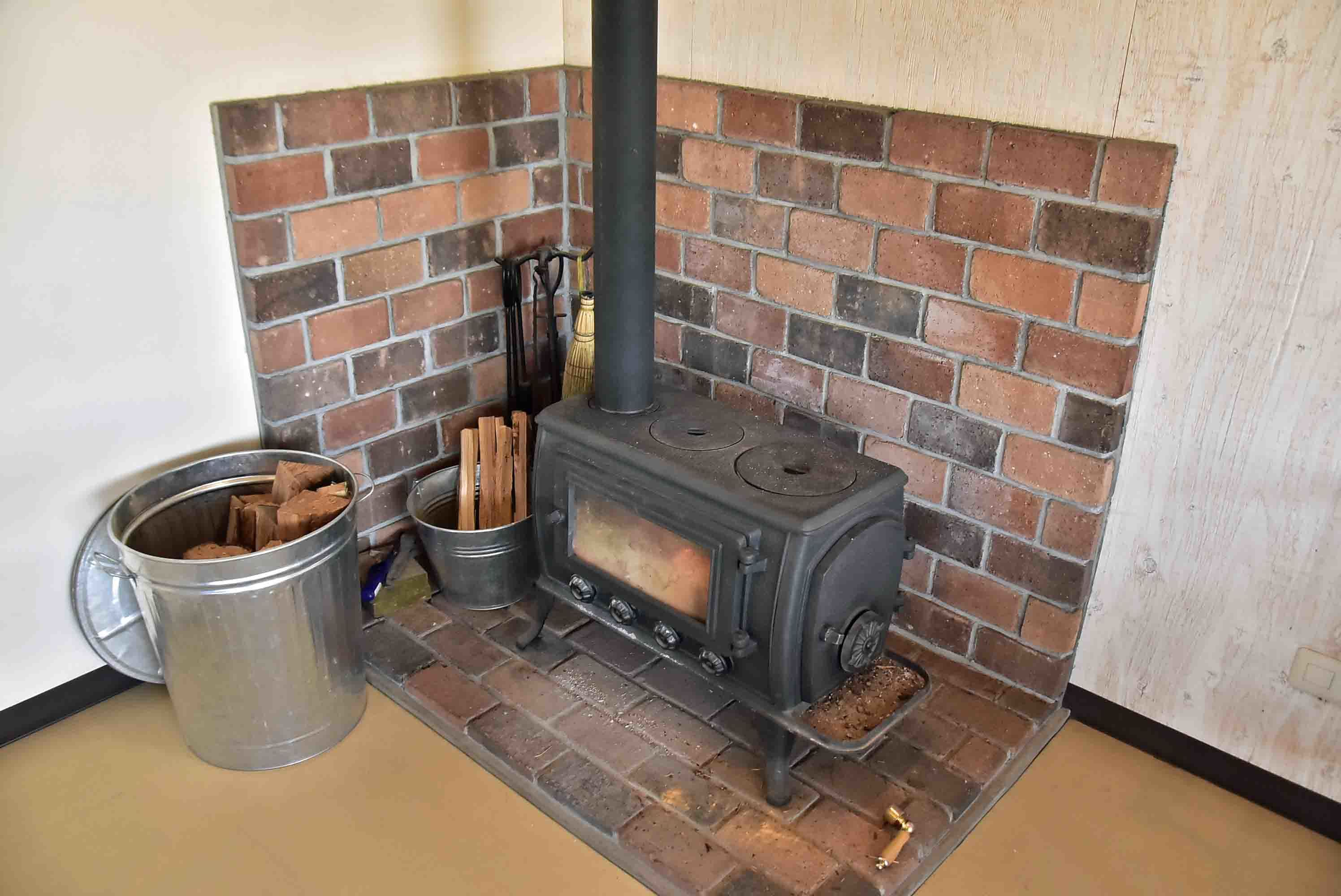 _DSC9905 カフェの暖炉